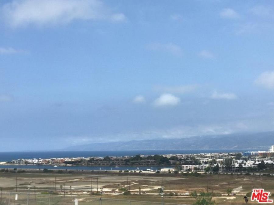 7842  VERAGUA Drive, Playa del Rey, California