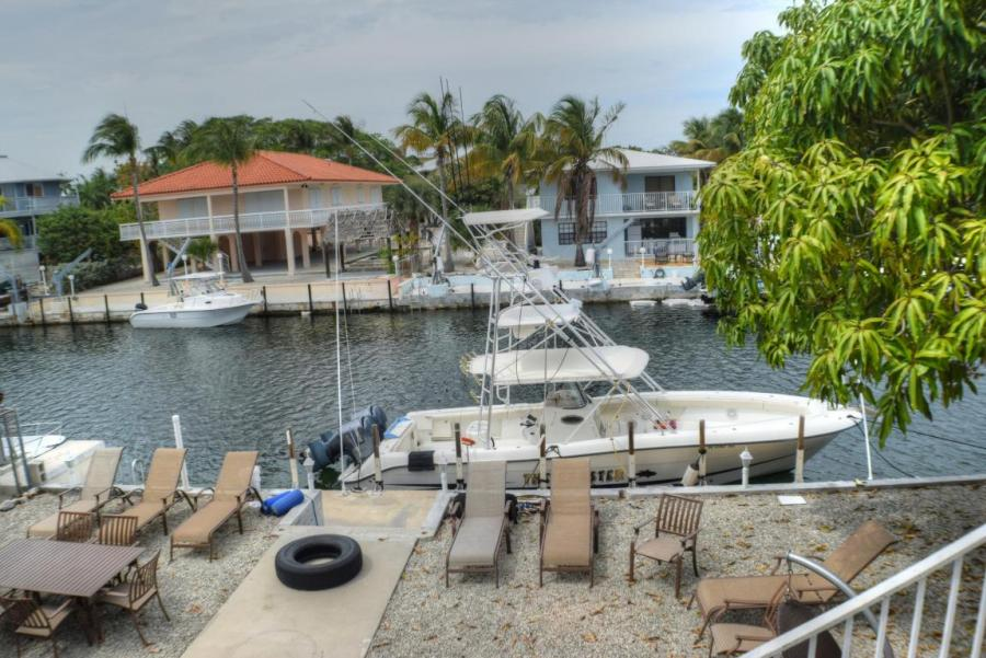 433 Laguna Avenue, Key Largo in Monroe County, FL 33037 Home for Sale