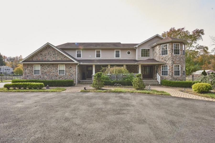 140 Maxim Road, Howell, New Jersey