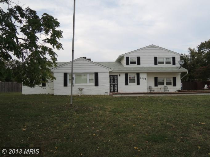 6104 ACCOKEEK ROAD, Brandywine 5 Bedroom as one of Two Story Properties