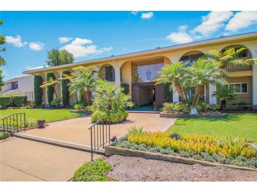 620 W Huntington Drive 122, one of homes for sale in Arcadia